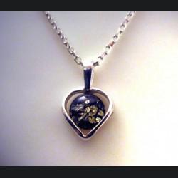 Pendentif coeur ambre vert