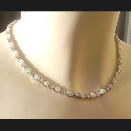 collier argent massif et opale